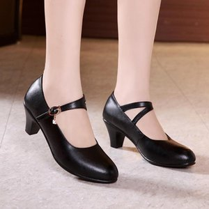 Mary Janes Black Genuine Leather Shoes Fashion Crystal Buckle Women Pumps with Medium Heels for Ladies Dancing Women Work Shoes