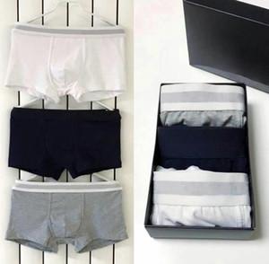 Nuovo 2021 Fashion 3pcs / Box Boxer Boxer in cotone da uomo Pantaloncini Sexy Boxer per mens100% Intimo in puro cotone morbido e confortevole