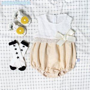 Девушка младенца ползунка набор летние новорожденные детские одежды для девочек первые 1-й день рождения вечеринка одежда кружева лук младенческий солнцем со шляпой 201028