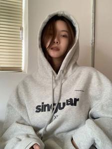 Lil Cher серый свитер с капюшоном женщины плюшевые утолщенные 2020 новая осень / зима свободный корейский ленивый вершин
