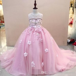 Beautiful Pink Flower Girls Dresses For Wedding Party Pearls Jewel Sheer Neck Ball Gown 3D Floral Flowers Cheap First Communion Dress