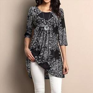 Women T shirt Bohemian Paisley Floral Print Three Quarter Sleeve Female Shirt O neck Muti Colors Loose Plus Size Female Tops