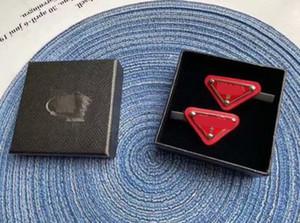 Nuovi arrivi Triangel Capelli clip con timbro 4 colori donne lettera triangolo barrettes moda accessori per capelli per il regalo