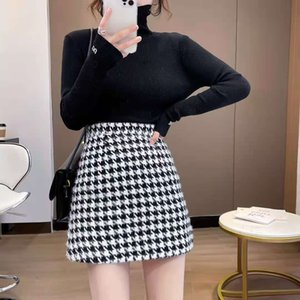 The new ladies floral skirt fabric is comfortable and easy to take care of the upper body looks good and the effect is obvious S-l