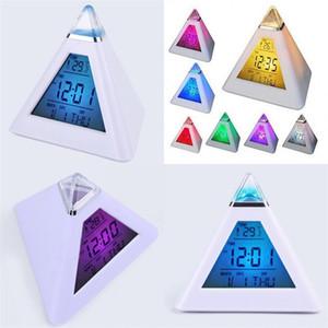 Triângulo despertador Discoloração Discoloração LED Home Desk 7 Cor Descompression Escritório Ornamentos Presente Relógios Fábrica 9 3JW F2