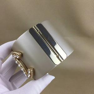 Fashion più nuovo braccialetto di bracciale d'oro vintage moda popolare, design nero Camelia perla, resina punk e rame, direttamente dalla fabbrica