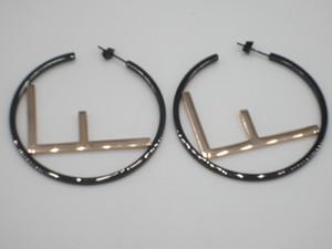 가장 최신 간단한 패션 큰 편지 쥬얼리 스테인레스 스틸 직경 5cm 스터드 골드 도금 믹스 스타일 귀걸이 크리스마스 선물 도매