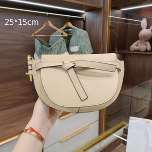2021 New Luxury Women Shoulder Bags Brand Saddles Crossbody Bags Small Shell with Bow Vintage Style Lady Baguettes Hobos LO3