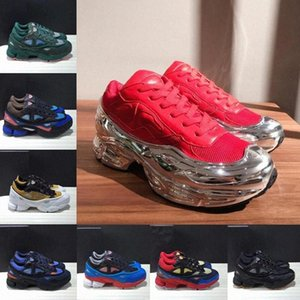2021 New Fashion Originales RAF SIMONS Ozweego III Hombres deportivos Mujeres Clunky Metallic Sneakers Silver Sneakers Dorky Casual Zapatos Tamaño 36-45 HWG5 #