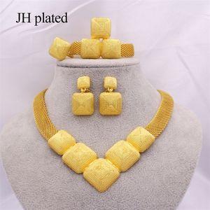 Takı Setleri Afrika 24 K Altın Kadınlar için Dubai Düğün Hediyeleri Gelin Parti Kolye Bilezik Küpe Yüzük Seti Collares Jewellery 201222
