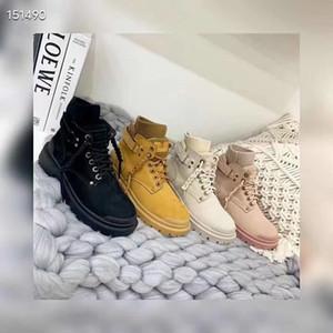 2020 neue Schaffell einteilige Socken, Martin Stiefel, rutschfeste und warme Schneeschuhe für Frauen tragen rutschfeste