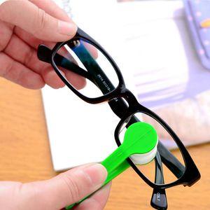 مصغرة مريحة نظارات فرشاة ستوكات نظارات تنظيف مسح نظافة فرشاة نظارات فرشاة الشاشة مسح أدوات الرعاية VTKY2211
