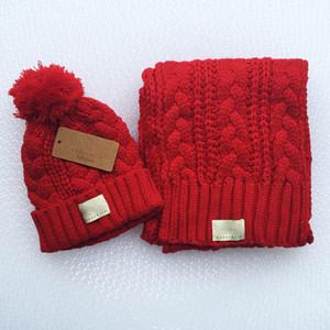 4 colors Warm Headgear Set Winter hat + Scarf set winter knitted hat ski hat cap wool cap warm knitting cap Xmas gift GWE3233
