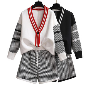 Autumn New Fashion Women Plus Size V-collar Long-sleeved Outfit + Hot Shorts 2pcs Casual Sets Knitting Jacket Shorts Set