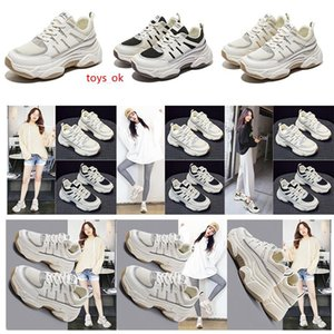 High Quality Women Old Dad Shoes Triple White Black Fashion Breathable Comfortable Trainer Sport Designer Sneakers 35 -40 2021