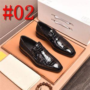 19FW Luxury Bling Zapatos de cuero Rhinestone Fashion Hombres Loafer Dress Shoes Men Casual Diamond Zapatos Oro Plata Negro Azul