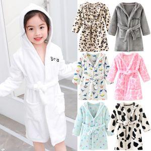Baby pajamas Toddler Baby Boys Girls Hooded Thick Warm Flannel Bathrobe Night-robe Pajamas Pijama bebe invierno Y1113