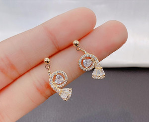 2020 The new Japanese and Korean style i full of cute individual character small screw stud earring 378