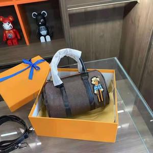 2021 حقيبة يد نسائية جديدة عالية الجودة، حقيبة قطري ومحفظة، مع مواد ذات جودة عالية لتسليم التذاكر الصغيرة