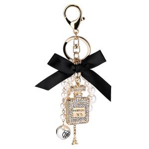 2020 Nova imitação de Pearl Perfume Bottle Titular Keychain Car Anel Bag Pingente encanto Acessórios Bow Chaveiro Moda Chaveiro