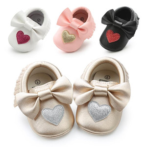 2020 new fashion heart baby girl moccasins Bling Bling pu leather glitter baby girls dress shoes toddler soft sole moccs