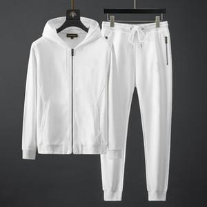 2021 Mens TrackSuits Abbigliamento sportivo per giacche da uomo con tuta manica lunga casual pantaloni da jogger abbigliamento abbigliamento 2 pezzi set asiatico