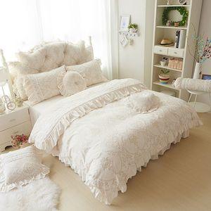 4 6pcs Princess Style Velvet Bedding Sets Cotton Warm Bed Linens Full Queen King Lace Flower Duvet Cover+Bed Skirt+Pillowcases Z1126