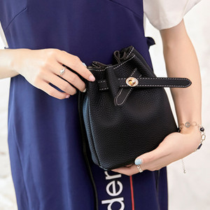New Bucket bag Kids handbags purses Children Girls Women Mini Princess Purses PU Shoulder Messenger Bags Christmas gift Bags B303