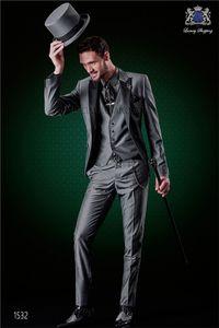 New Arrival Groomsmen Peak Lapel Groom Tuxedos Grey Men Suits Wedding Prom Dinner Best Man Blazer ( Jacket+Pants+Tie+Vest ) K860