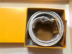 Venda quente Moda Business Ceinture 20 Cintos de Estilo Design Mens Mulheres RIEM com fivela de ouro Black Belt não com caixa como presente 6x78D