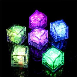 2.7cm Plastic LED Ice Cubes Party Decoration Water Sensor Sparkling Luminous Artificial Glowing Light Wedding Bar Flash Wine Glass Cup