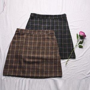 Autumn and Winter new net red hot style retro high waist plaid petal skirt womens thin bag hip skirt short skirt202