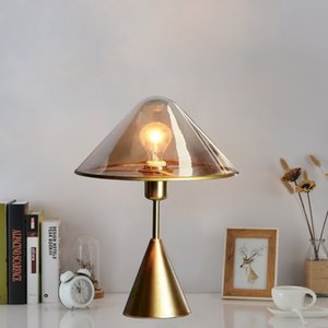 Lámpara de mesa de cristal de lámpara de vidrio Nórdica Nórdica Lámpara de mesa E27 LED Lámpara de mesa ámbar o claro de cristal de diseño moderno