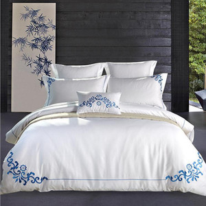 Top Quality 100% Cotton Embroidered 4pcs Beding Sets Home Festival Decoration Home Textile Bedclothes Minimalism Bedding