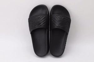 Moda Lüks Tasarımcı Kauçuk Slaytlar Terlik Sandal Kadınlar Ve Erkekler Çevirme Çizgili Plaj Ücretsiz Kargo