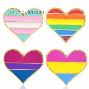 Men For Rainbow Brooches color Women Enamel LGBT Gay Lesbian Pride Lapel Pins badge Fashion Jewelry in Bulk A0115