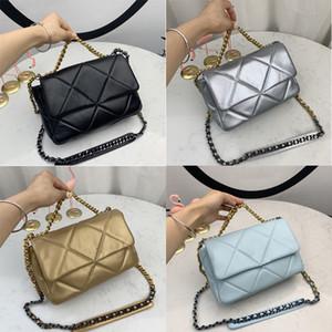 Bolsas de diseñador Marca clásica de 19 bolso colgante de piel de cordero real Bolsos de mujer de piel de metal de oro cadena de lady bolsas con caja