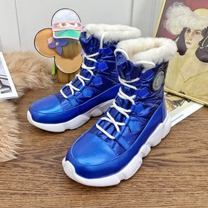 New Outdoor Toronto Women Shoes Winter Lambwool Camp Snow Boots Casual Down-Proofs Fabric Climbing Boots High Top Luxurys Designers Shoes