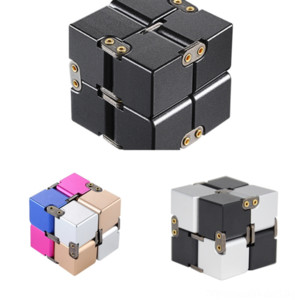 K9ijo Children's Enlightenment Toy Building Block Metal 2 by Infinite Cube Decompressione Spazio Spazio Rubik's Puzzle Pensiero tridimensionale 2