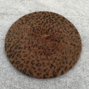 Pilz Europeo e ottagonalsolid-color pelle scamosciata Cappello americano Lady British Retro Casual Hat Cappello Anatra Tongue Moda Painter