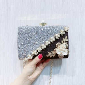 Lady&#39s black and white color matching rhinestone handbag Evening Bags Fashion Luxury Solid Hasp For Women Celebrities Evenin