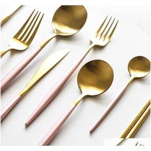410 Acciaio inossidabile Coltellery Dintingware a buon mercato 4pcs Black Gold Flatware Set Paletterie in acciaio inox SET COLTELLO JLLXVD Yummy_Shop