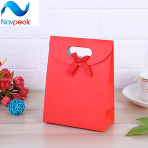 4pcs lot Small+Medium+Large Size Colorful Merry Christmas Paper Bag Gift Bags Birthday Sweet Treat Bag Wedding Baby Shower Gift