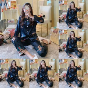 Férias de Natal Sheer Setin Sexy Oilers Pajamas Com Panty Set Mulheres Chemise Spaghetti Racerback Intimate Apparel Lingerie Lace Designer S