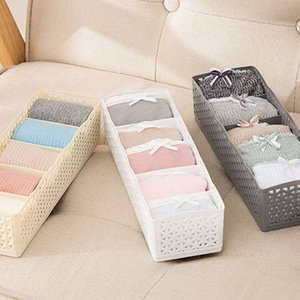 4Pcs set Bra Organizer Closet Underwear Organizer Drawer Divider Socks Panties Bra Ties Clothing Container Y1128