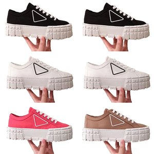 NYLON LUXURYS GABARDINE INS Plataforma para mujer Zapatos casuales Triple Negro Blanco Red Lady Fashion Flat Ocio Diseñadores de lona Sneaker