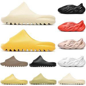 Высокое качество 2021 Sippers Designer Kanye West Slides Womens Mens роскошные детские туфли пустынные песочные земля коричневые тренажеры тапочки смола песчаные туфли