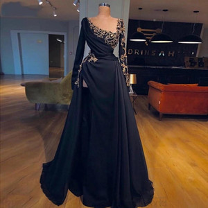 Dubai Arabic Formal Evening Dresses 2021 Full Sleeves Gold Crystals Beading Prom Gowns Sexy High Split Special Occasion Party Dress AL7863