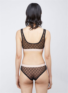 Moda Lace Bras Conjuntos Perspectiva de Lingerie Erótico Mulheres Underwear Mulheres Ao Ar Livre Beach Nadar Two-Peça Sets Underwear Venda Quente