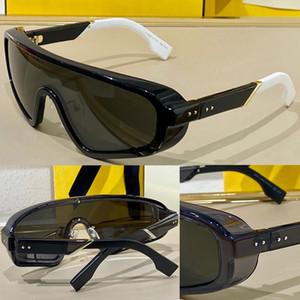 0084 Nuove signore Advanced Signore Vendita calda Occhiali da sole Uso Top Sheet Leg Monocle Glasses Triangle Glasses Anti-UV400 Lente Top Avant-Garde Glasses Send Box